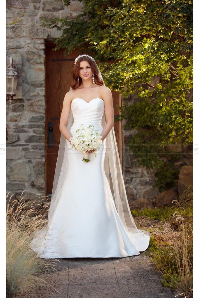 Essense of Australia Simple Silk Wedding Dress With Detach… | Flickr