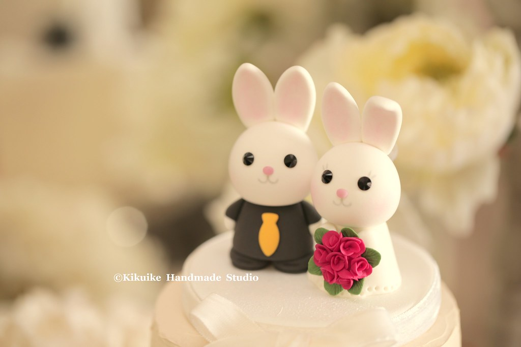 Wedding Cake Topper-love rabbit and bunny with sweet heart… | Flickr