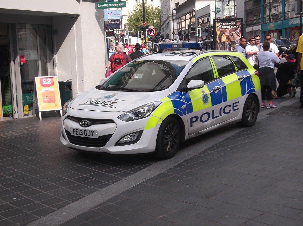 merseyside police hyundai i30 pe13 gjy 2013 hyundai. Black Bedroom Furniture Sets. Home Design Ideas
