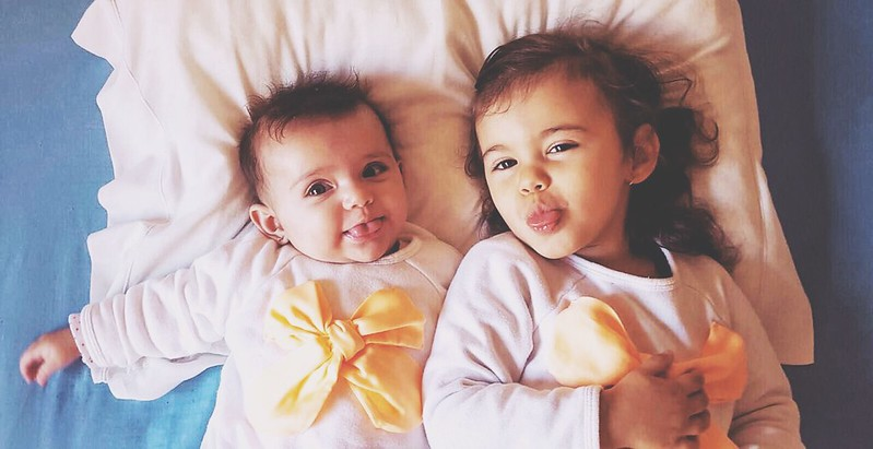 As sobrinhas: Sara e Bruna.