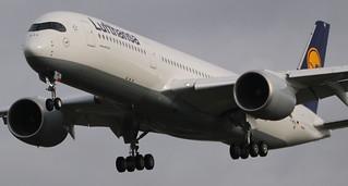 AIRBUS A350-900XWB LUFTHANSA F-WZNJ MSN80 (D-AIXB) A L'AEROPORT TOULOUSE-BLAGNAC LE  06 02 17.