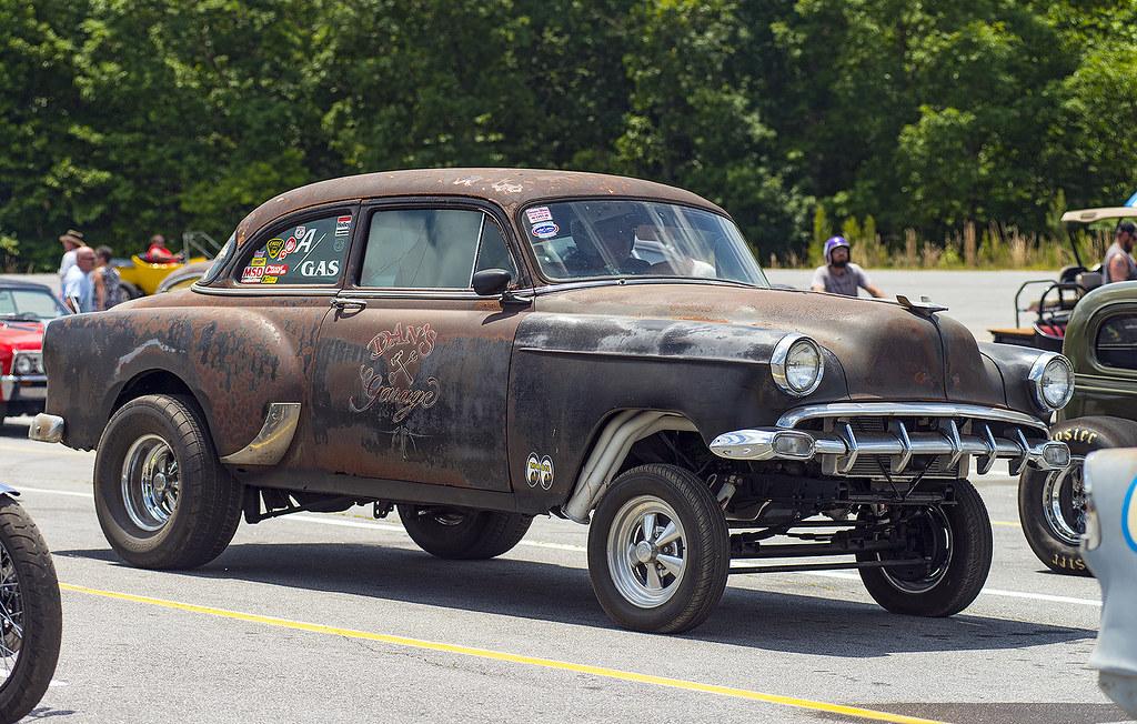 The Quot Dan S Garage Quot Early 50s Chevy Gasser At Steel In Mot