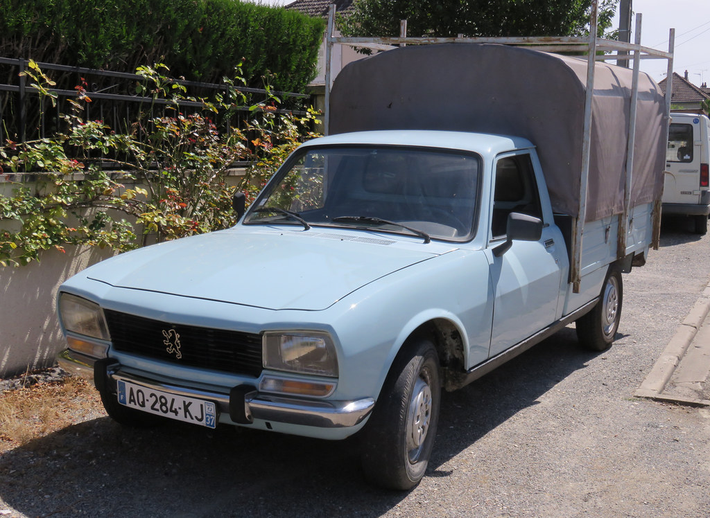 Peugeot 504 Pickup Very Smart For A Commercial Chrome Bum Flickr