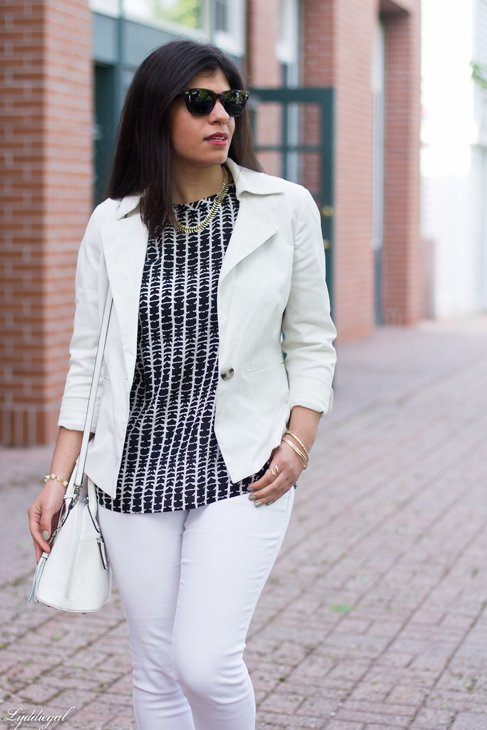 white jeans, white blazer, black and white blouse-3.jpg