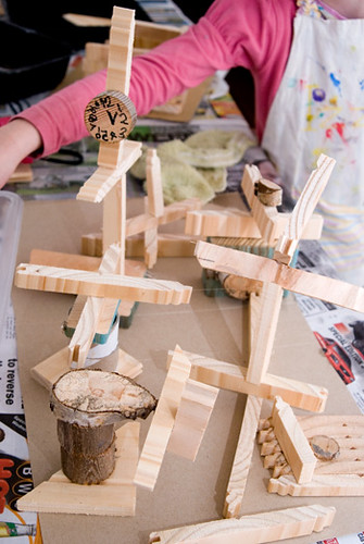 Wood Constructions with Kids (Photo from Picklebums)