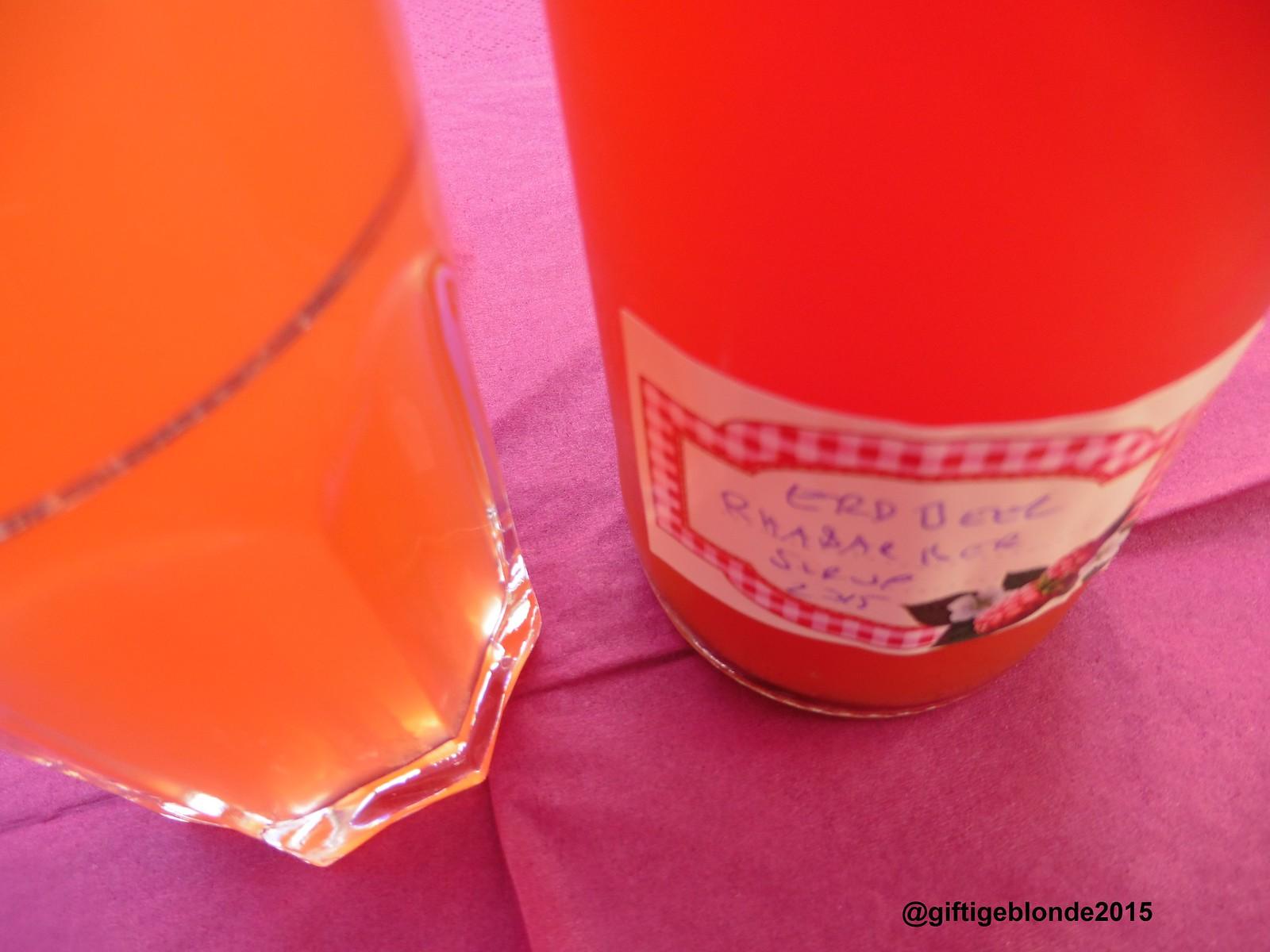 Erdbeer Rhabarbersirup