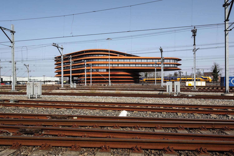 mm_Train khiển Centre Utrecht thiết kế bởi de Jong Gortemaker Algra_03