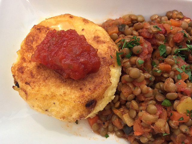 Lentil Chili, Polenta Cake (domestic 1st class)