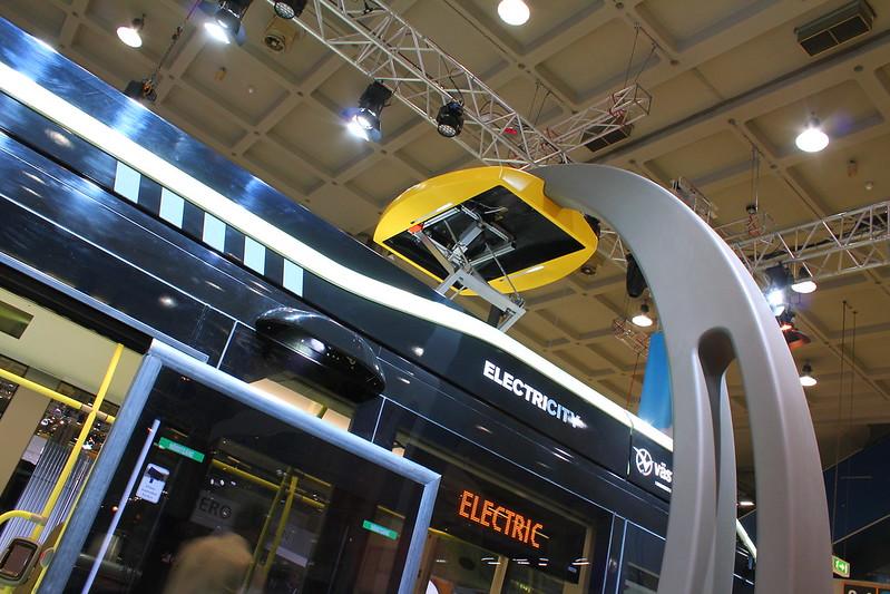 Temps de rechargement : 6 minutes ! - Volvo Electric - UITP Milan 2015 - MiCo Milano Congressi