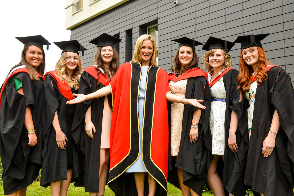 Graduation Students With Our Chancellor Gabby Logan Flickr