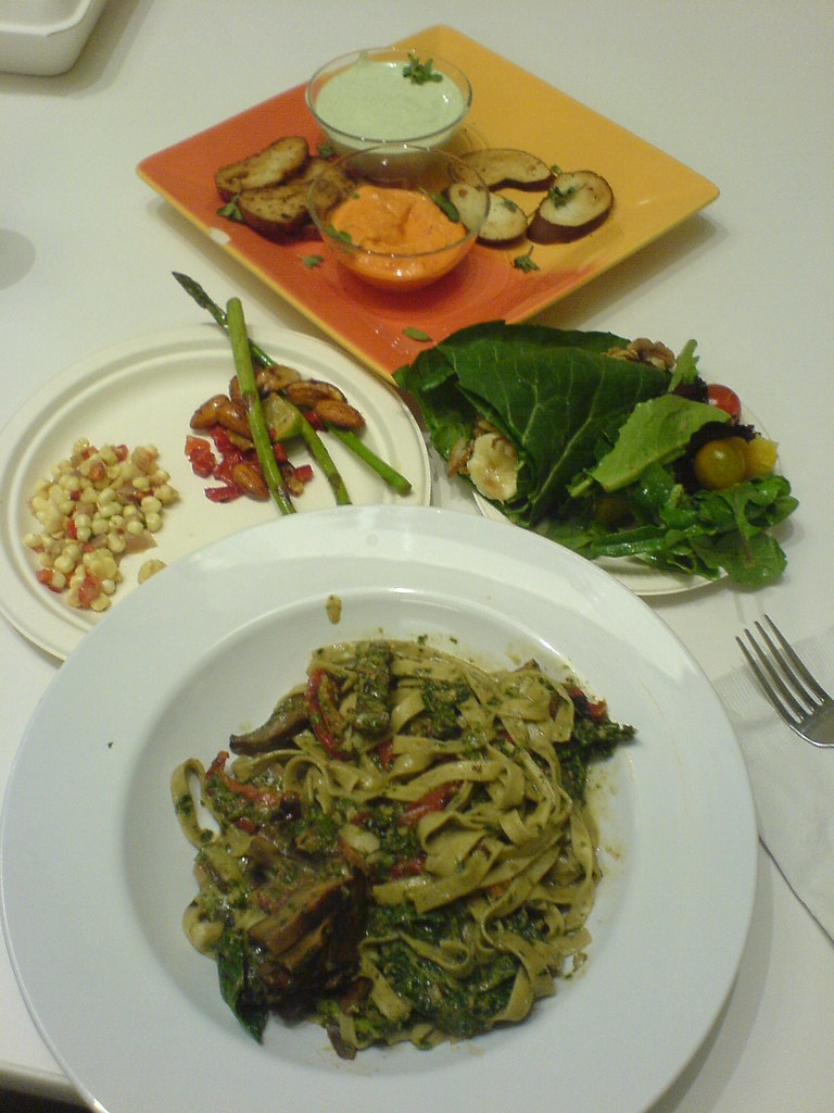 Cafeteria Food Pans ~ Dinner at no name cafe is now serving