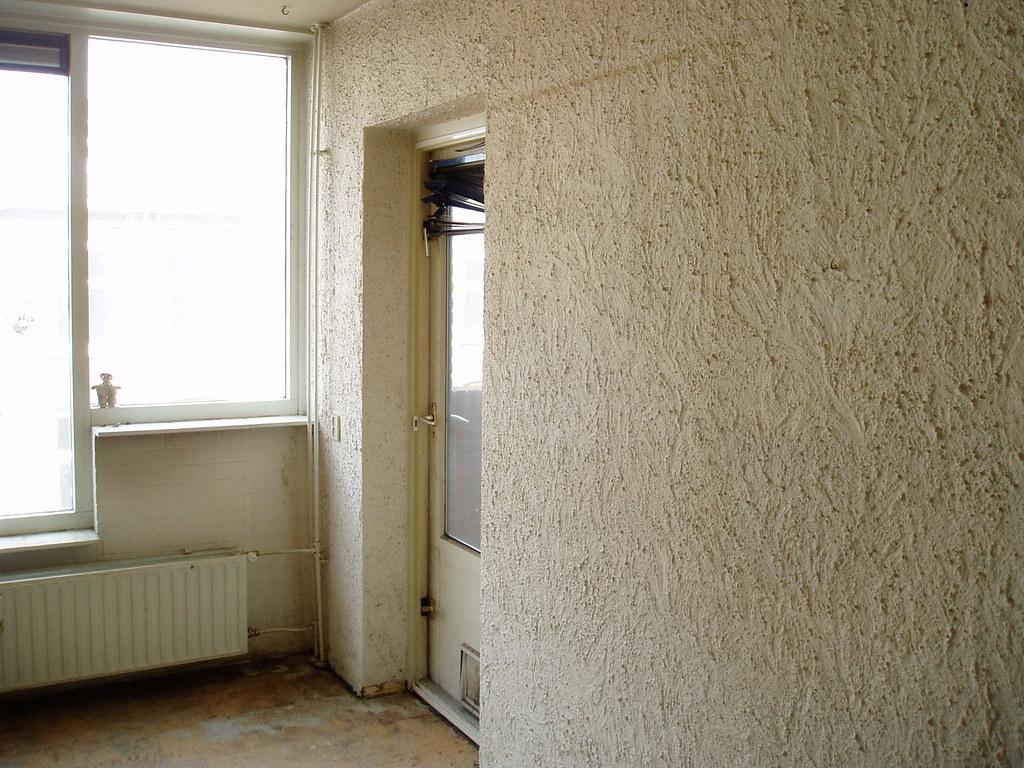 lege woonkamer | een muur met relief | Wim Wiegmann | Flickr