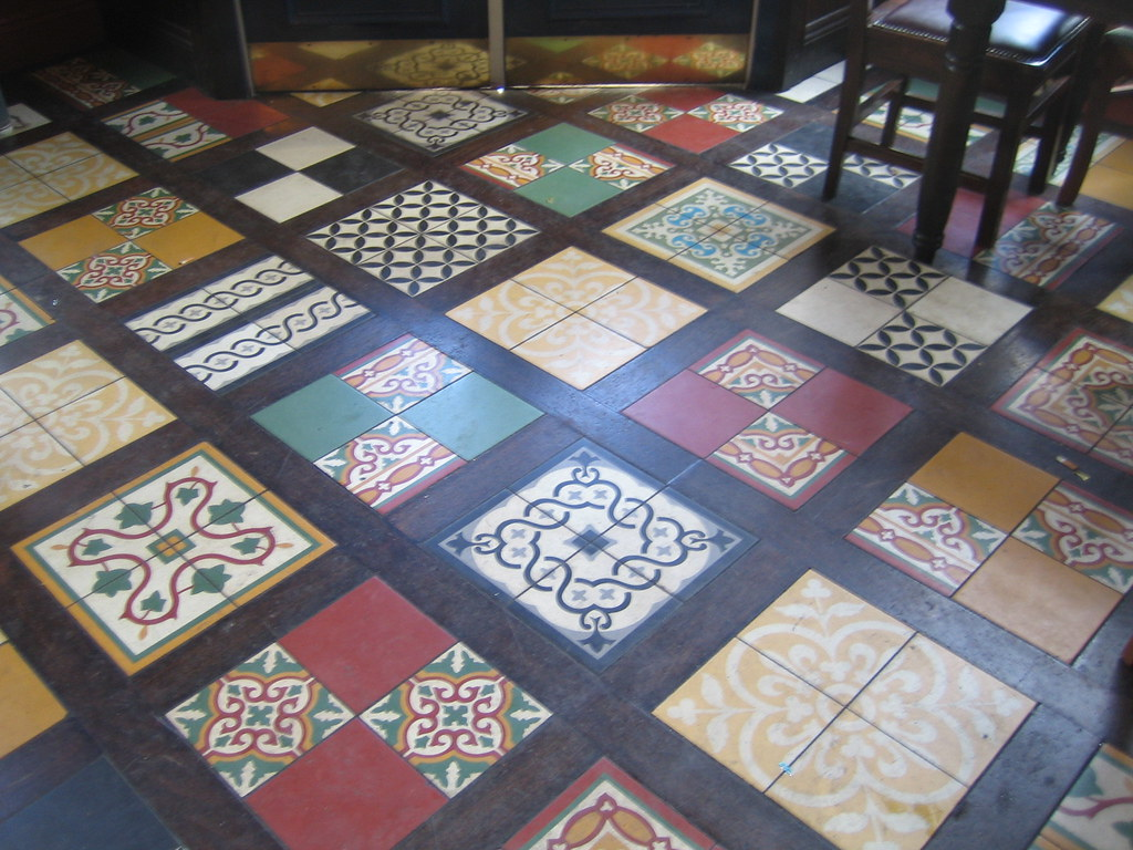 Pub Floor Shepherd S Bush West London Submitted To