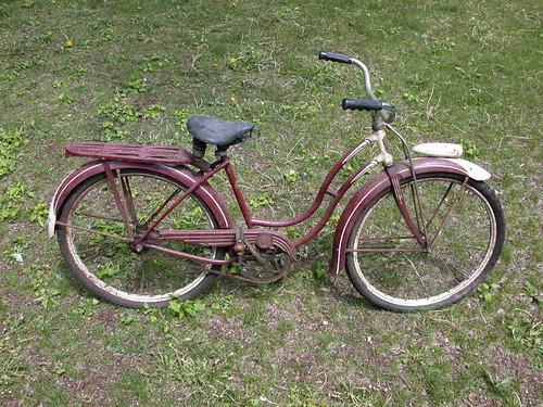 Girls Schwinn Collectible Bicycles : Vintage schwinn girls cruiser bicycle with headlight flickr