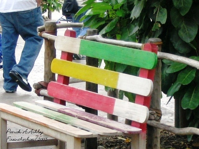 how to make a park bench out of popsicle sticks