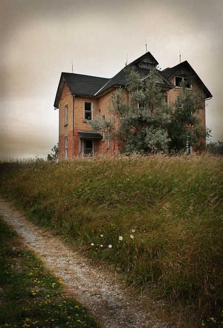Abandoned House In Barrie, Ontario