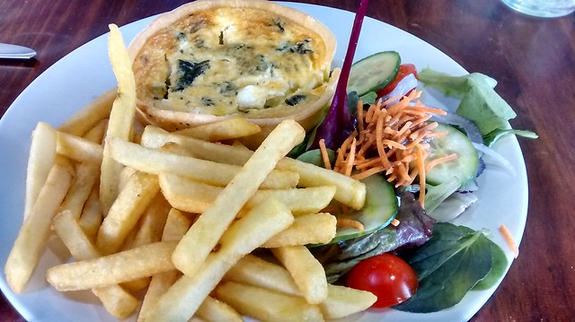 spinach feta quiche chips salad