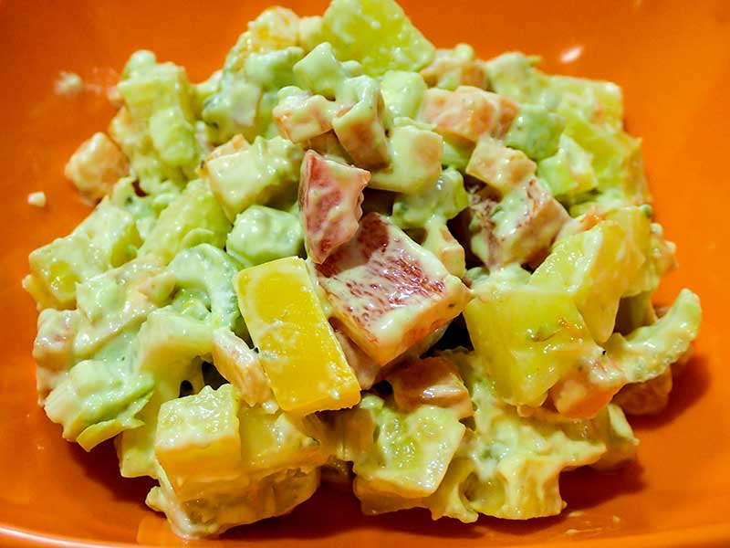 アボカドとジャガイモのサラダ