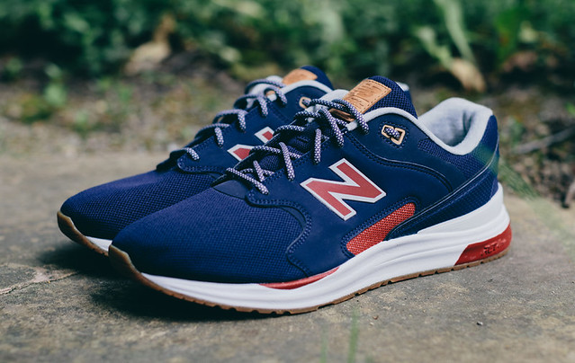 New Balance Combines Two of Its Retro Runners 4