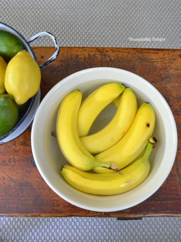 Keeping Bananas Fresh-Housepitality Designs