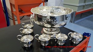 Punchbowl and Cups in Silver Plate | by PureGoldPlating
