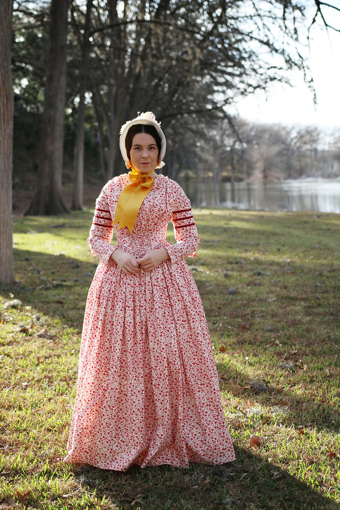 1840s Day Dress and Bonnet & Historical Costuming: 1840s day dress and bonnet u2013 Dixie DIY