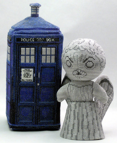 Doctor Who 3D cross stitch patterns by Robins Design - Weeping Angel
