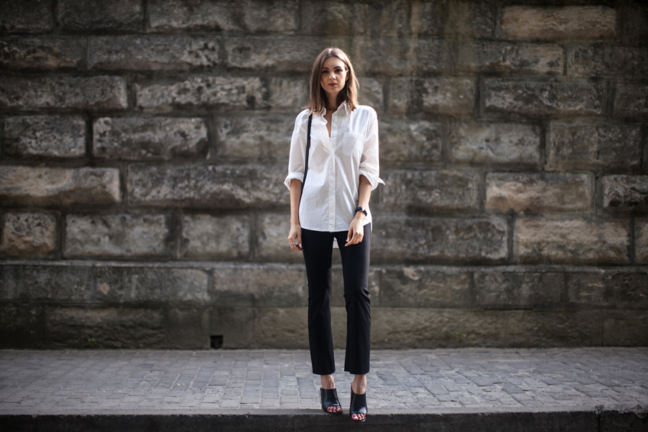 black-flared-pants-mules-outfit-daily-looks-blog