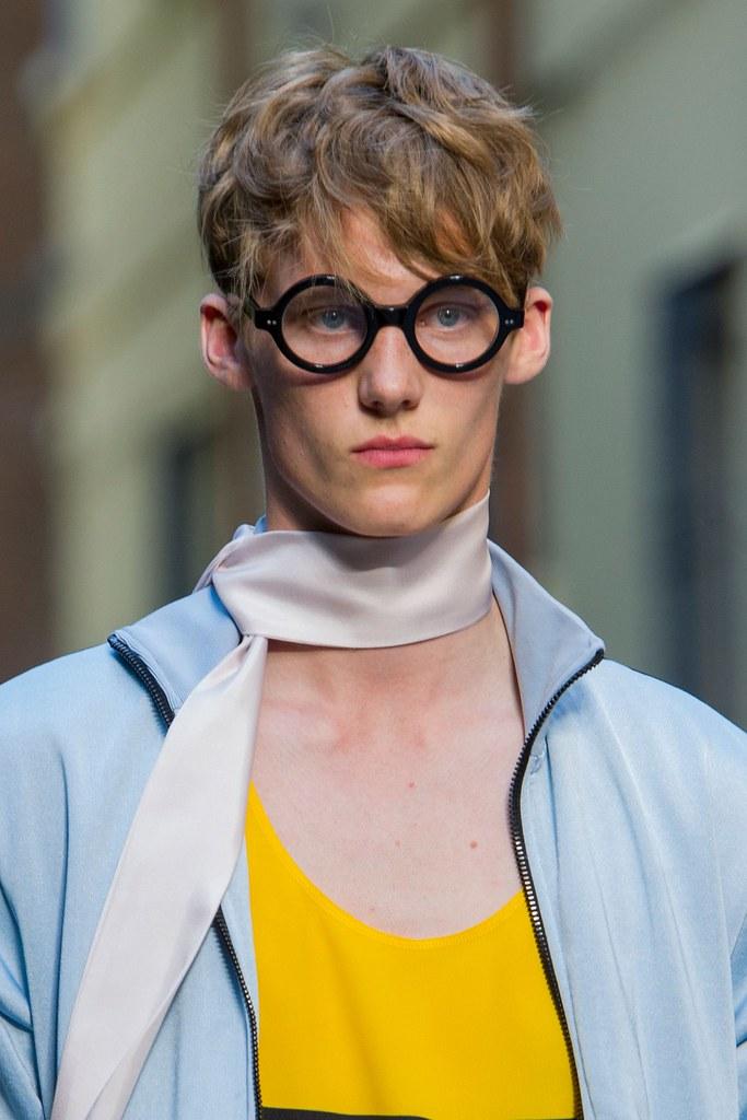 SS16 Milan Andrea Pompilio110_Carl Axelsson(fashionising.com)