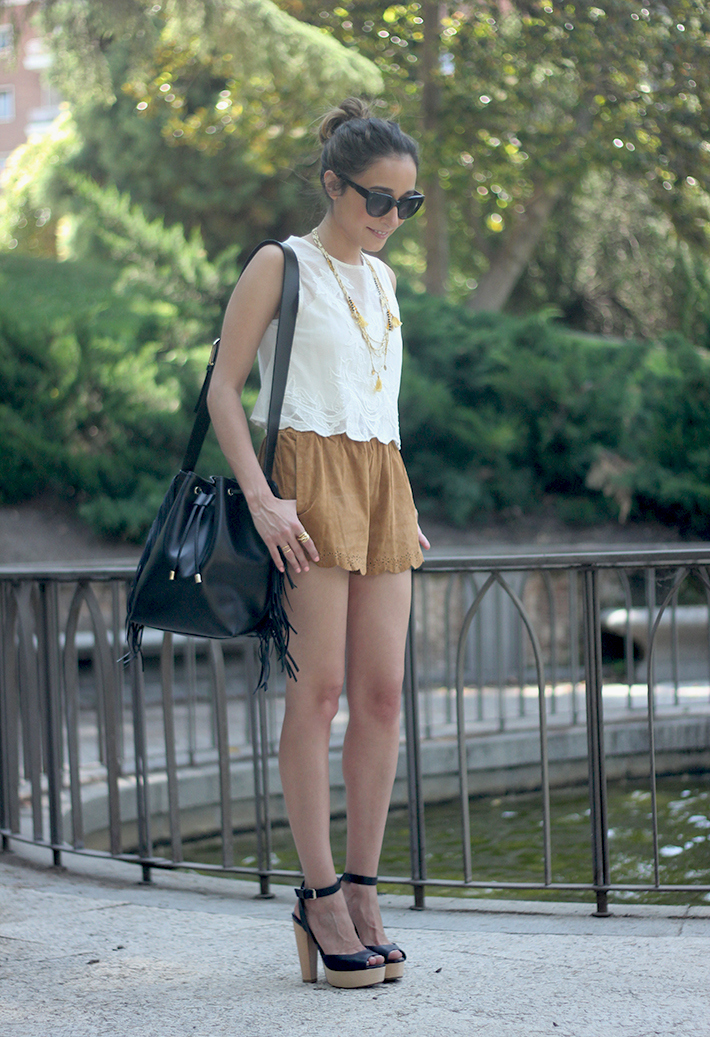 Suede Shorts White Top Summer Outfit01