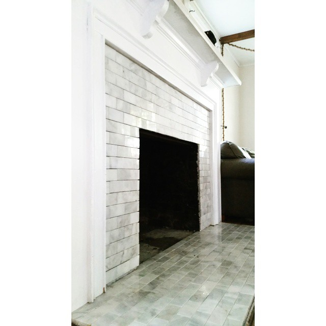 Almost finished. #marble #subwaytile #fireplace #ahannahandseanproject #decor #decorating #livingroom