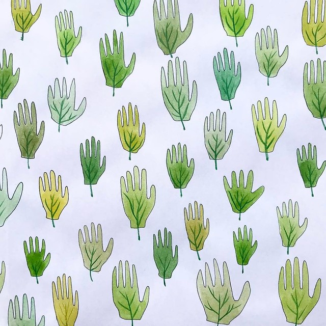 Yesterday's #patternjanuary theme was #palm. I remembered a pattern of hands I drew last summer with the intention of making it into a variety of different patterns, so why not one more? I combined the two types of palms that I first thought of, palm leav