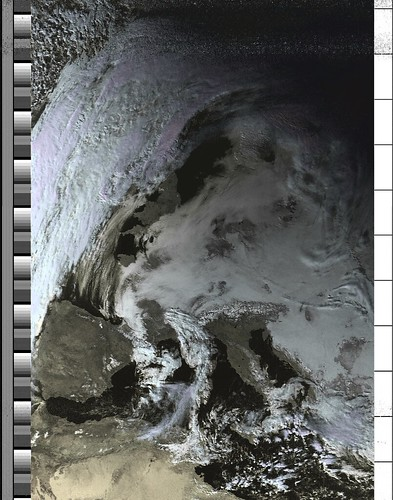 NOAA-19 orbit 41027 on 20170125 13:52:06 UTC (HVC) | by csete