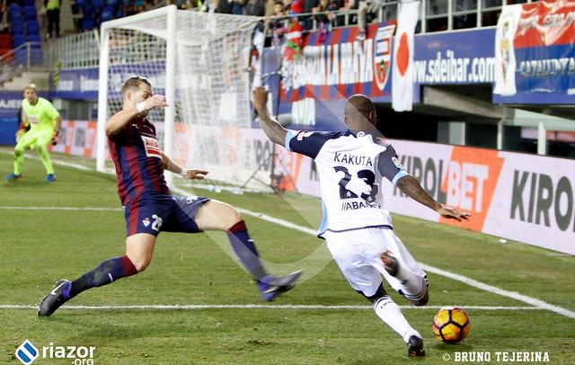 Liga: Eibar 3 - Deportivo 1