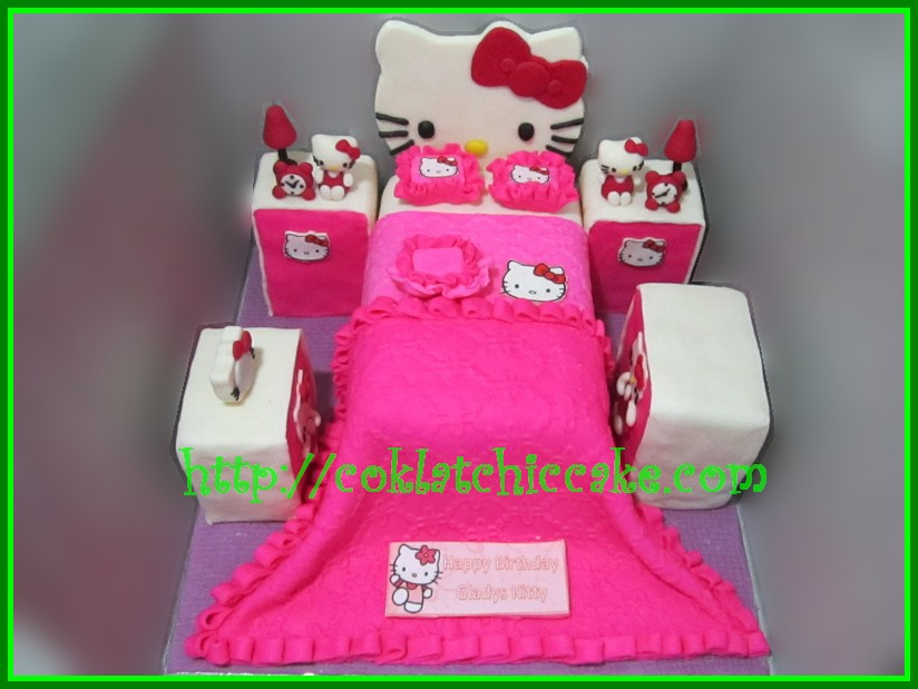 Cake Kamar Hello Kitty