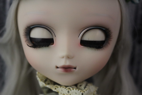 Classical Alice Sepia Version Eyelids