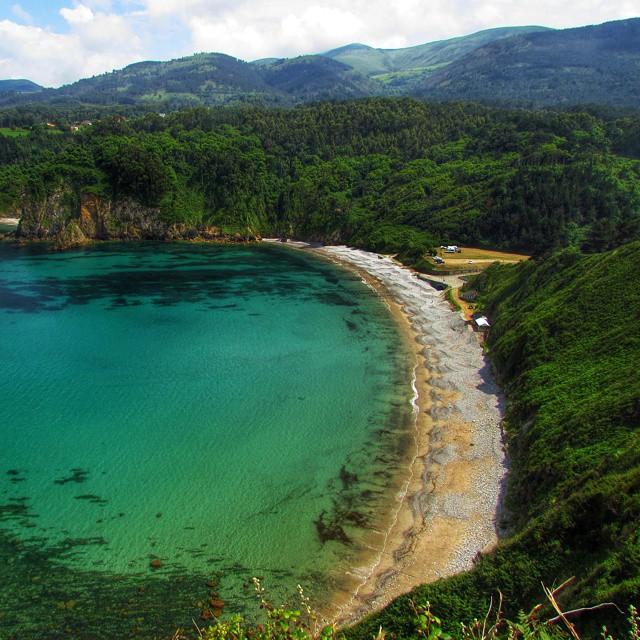 Hoy el agua estaba transparente en Cadavedo - Asturias
