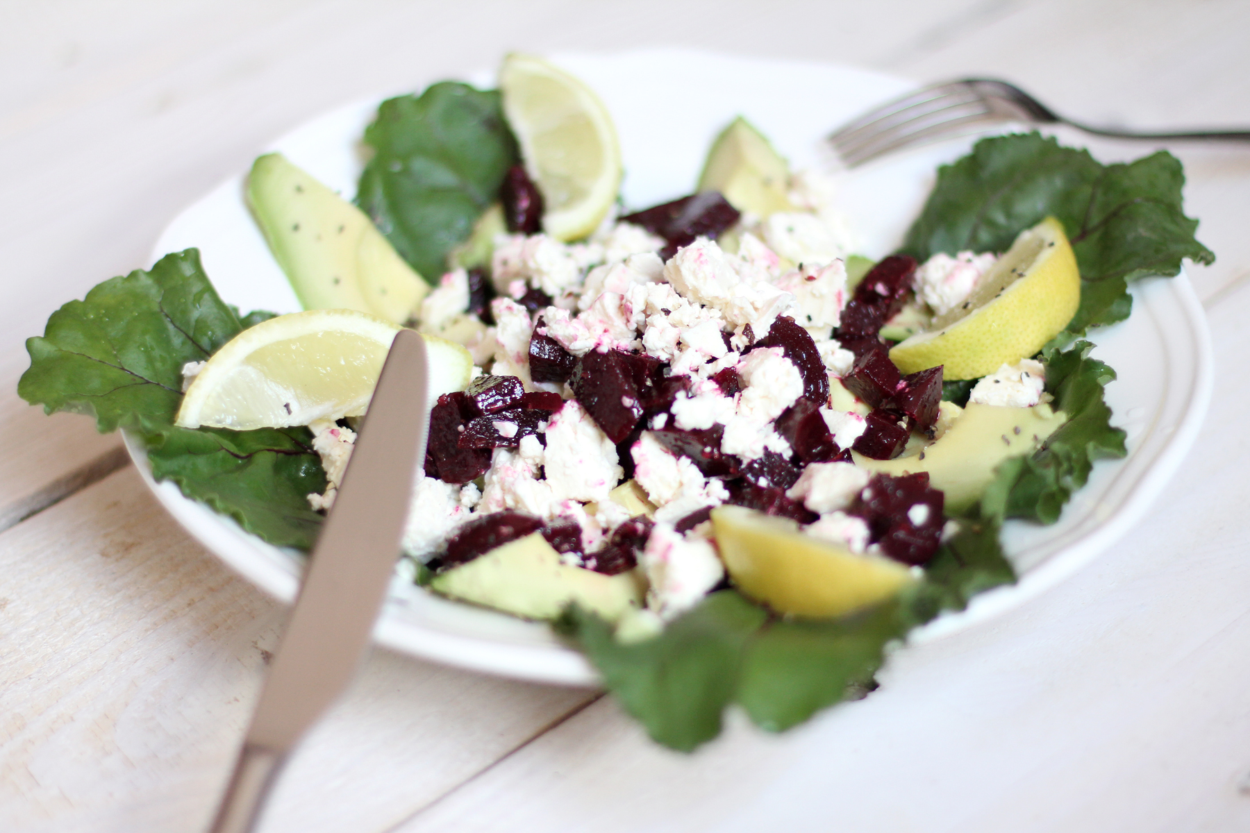 red beet feta summer salad avocado food blog lifestyle ricarda schernus cats & dogs blogger düsseldorf berlin 3