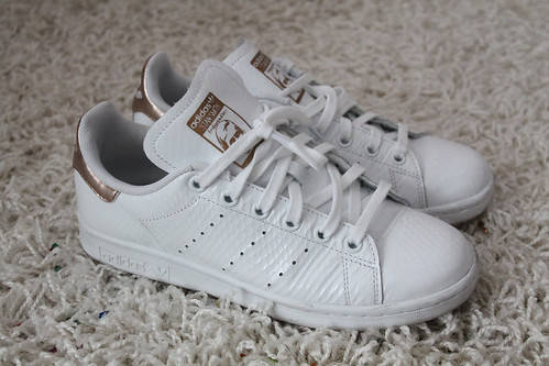 adidas stan smith wei rosegold sneaker schuhe outfit look flickr. Black Bedroom Furniture Sets. Home Design Ideas