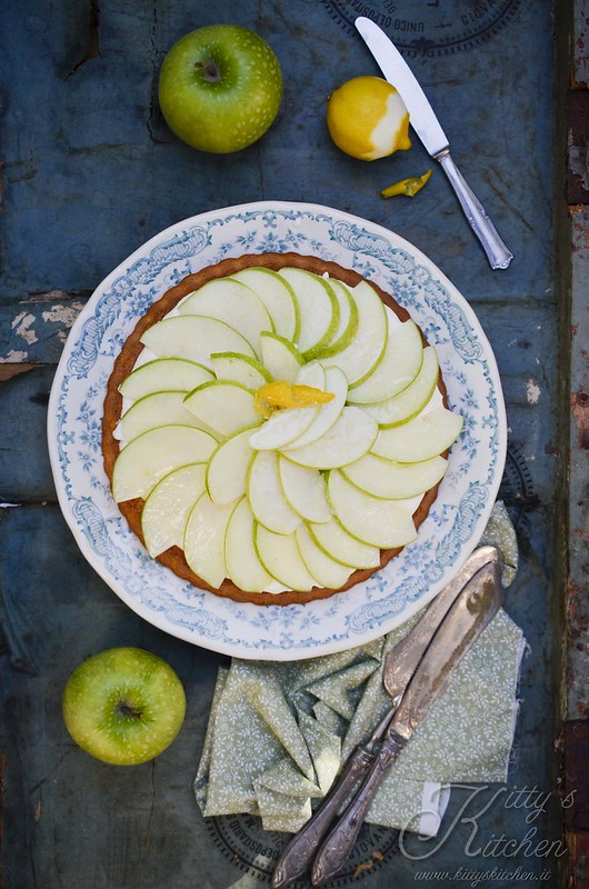 crostata morbida cioccolato bianco e mela verde1