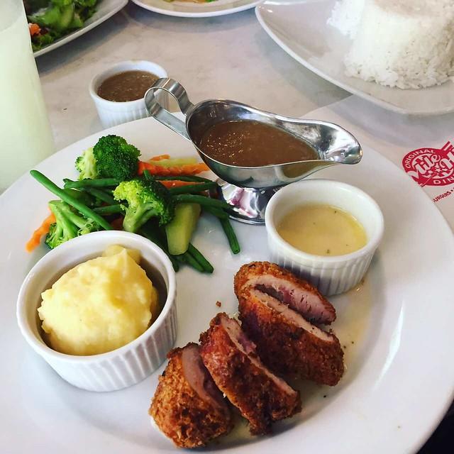 Mile Hi Diner Baguio meal