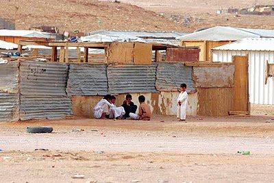 """沙烏地阿拉伯的貧民窟。(影像來源:<a href = """" http://www.marxist.com/middle-east-war-on-yemen-magnifies-the-crises-of-rotten-regimes.htm """"> In Defence of Marxism </a>)"""