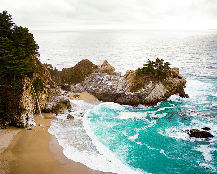 © 2016. McWay Falls trail in Julia Pfeiffer Burns State Park in Big Sur, Monterey County, California. Sunday, Oct. 30, 2016. Portra 160+1, Pentax 6x7.