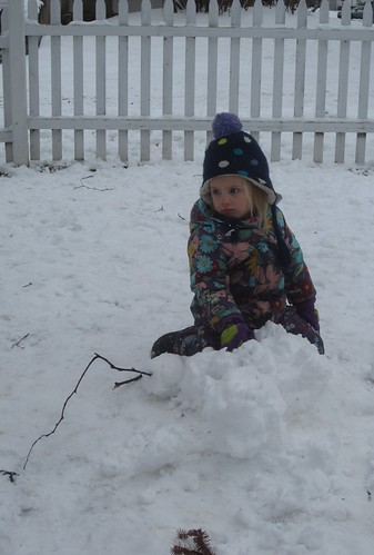 Uh Oh! The snow-mom fell down!