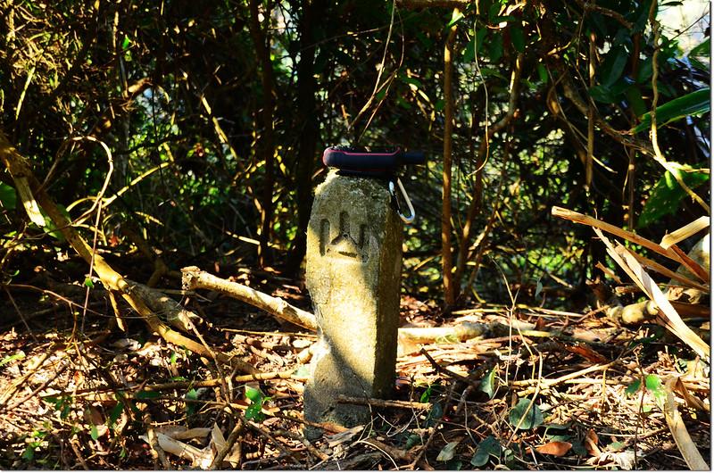 竹頭山山字水泥柱