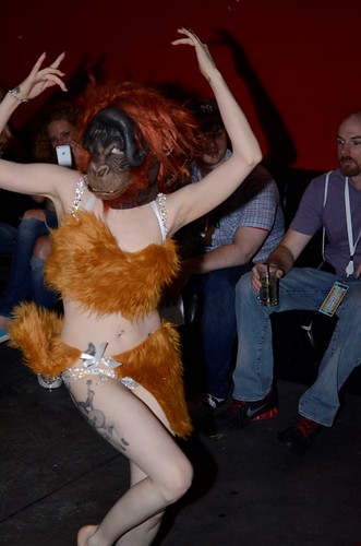 Burlesque Dancer transformation from apt to girl_Photo Credit Danni Siminerio