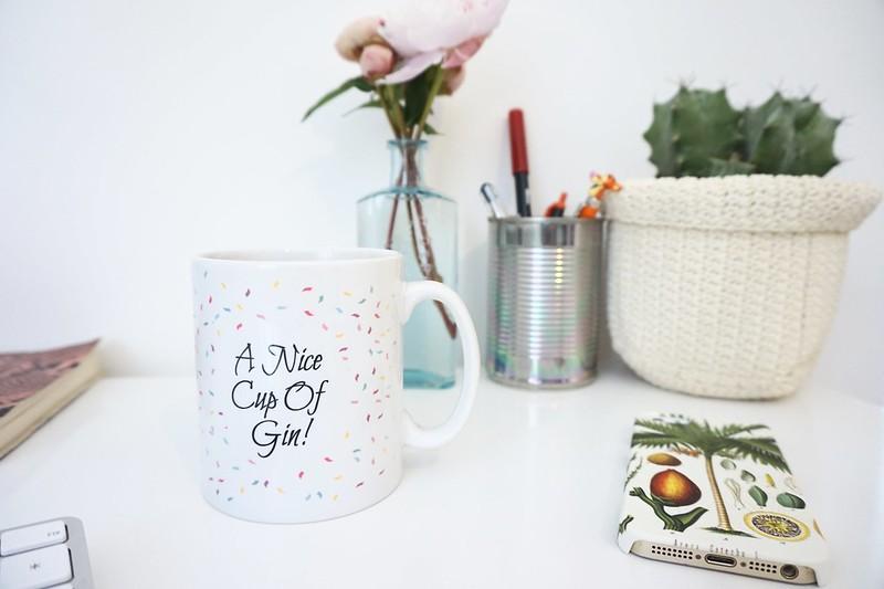 gin,gin mug,caseapp,botanical illustration,pen pot,
