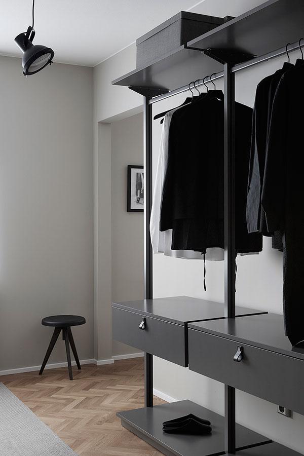 Hitta-hem-Premium-Kajen-5-walk-in-closet-vore