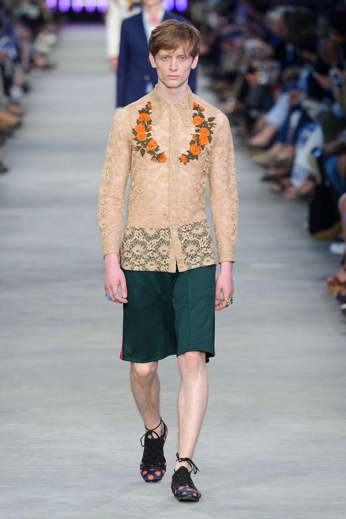 SS16 Milan Gucci005_Benas Drukteinis(fashionising.com)