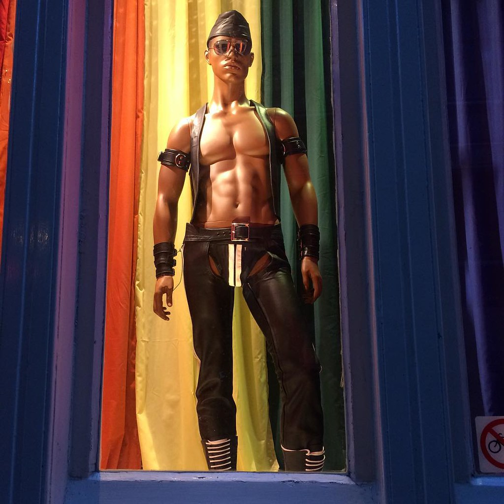 Gay Window 84